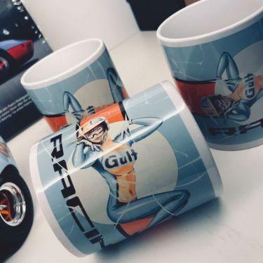 Pin-Up Mug